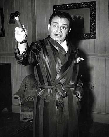 "Edward G. Robinson on the set of ""Key Largo"" in 1948 Photo: MPTV.net"