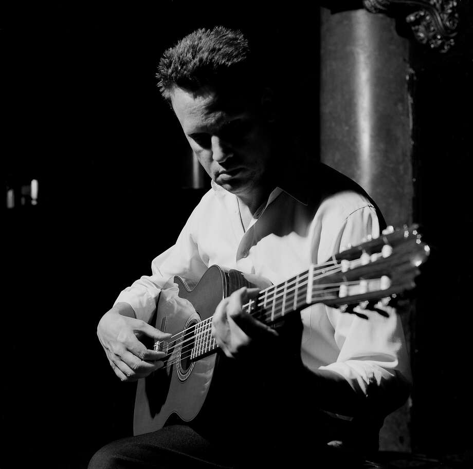 Mark Kozelek of Sun Kil Moon. for G - 31todo - Mark Kozelek. (James McVey) Photo: Caldo Verde Records