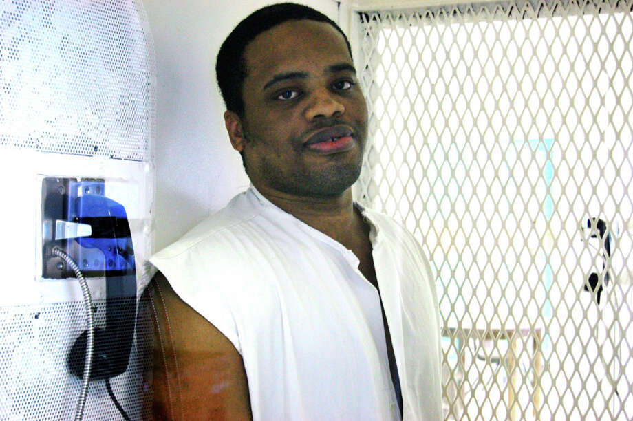 Kevin WattsAge at execution: 27 Execution: Oct. 16, 2008 Summary: Watts was convicted for fatally shooting three people in a restaurant and kidnapping and sexually assaulting another woman. Photo: MICHELLE MONDO, File Photo / mmondo@express-news.net