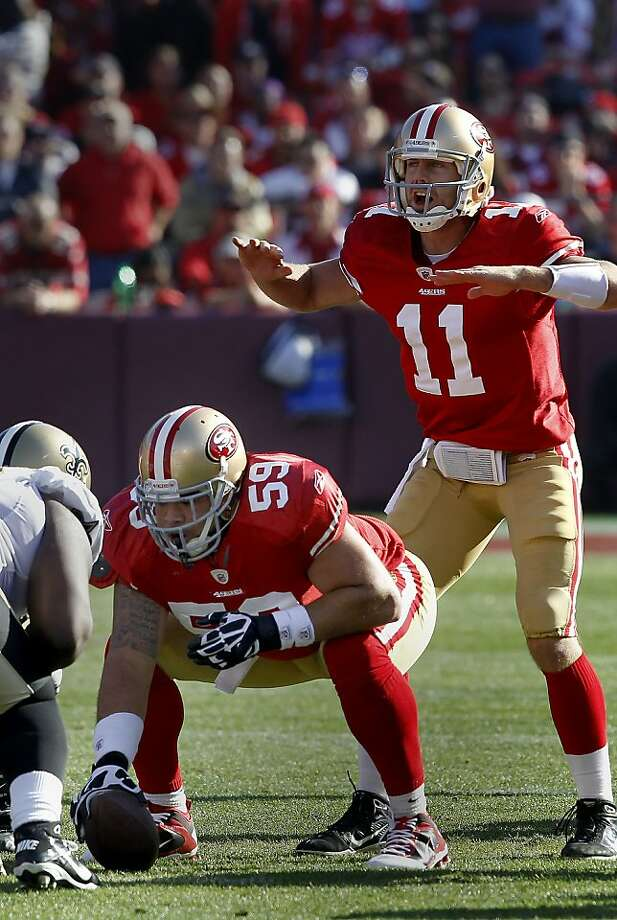 Jonathan Goodwin (59) waits to hike the ball to Alex Smith. Jonathan Goodwin, the San Francisco 49ers reliable center, in his last playoff game against the New Orleans Saints. Photo: Brant Ward, The Chronicle