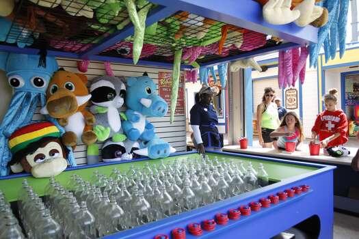Another attraction on the 1,130-foot Pleasure Pier. Photo: Karen Warren, Houston Chronicle