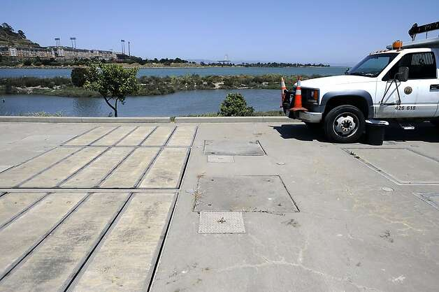 A Public Utilities Commission water testing station is seen near Candlestick Point.   Heal the Bay released it's annual report on California beaches and water quality Thursday May 24th, 2012 Photo: Michael Short
