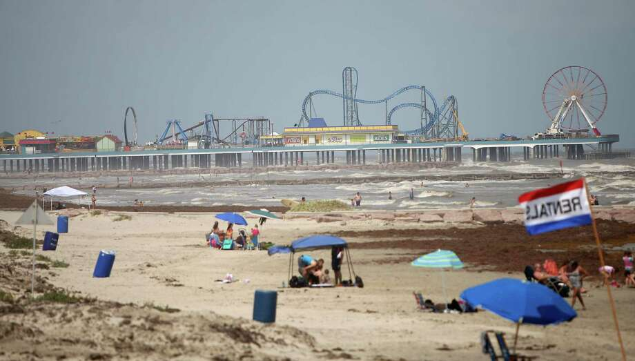 The new Pleasure Pier, Landry's $60 million water front entertainment district located at the site of the old Flagship Hotel on Seawall Boulevard, Friday, May 25, 2012, in Galveston. Several of the rides are not open to the public yet. Photo: Karen Warren, Houston Chronicle / © 2012  Houston Chronicle