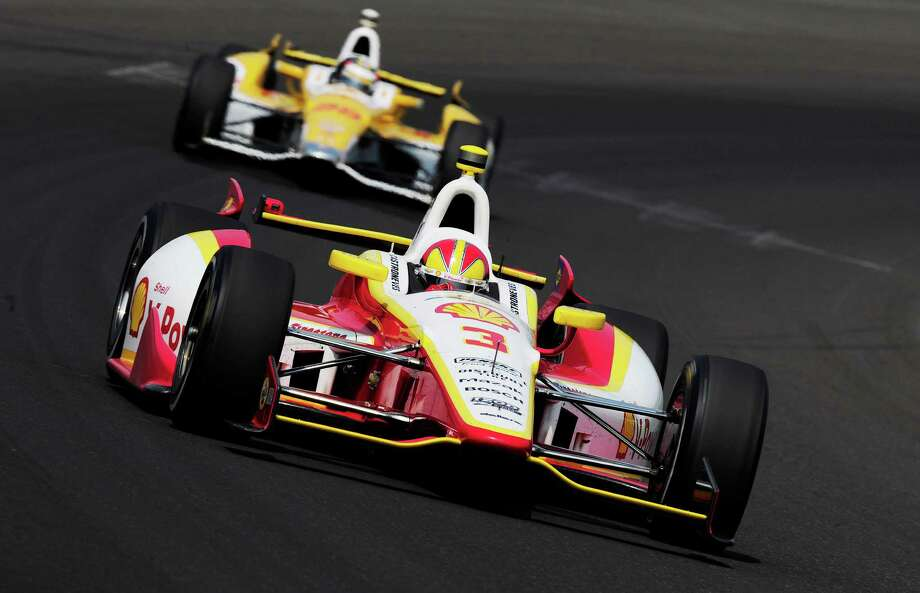Helio Castroneves of Brazil driver of the #3 Team Penske Dallara Chevrolet leads Ryan Hunter-Reay driver of the #28 Andretti Autosport Dallara Chevrolet during final practice on Carb Day for the Indianapolis 500 on May 25, 2012 at the Indianapolis Motor Speedway in Indianapolis, Indiana. Photo: Robert Laberge / 2012 Getty Images