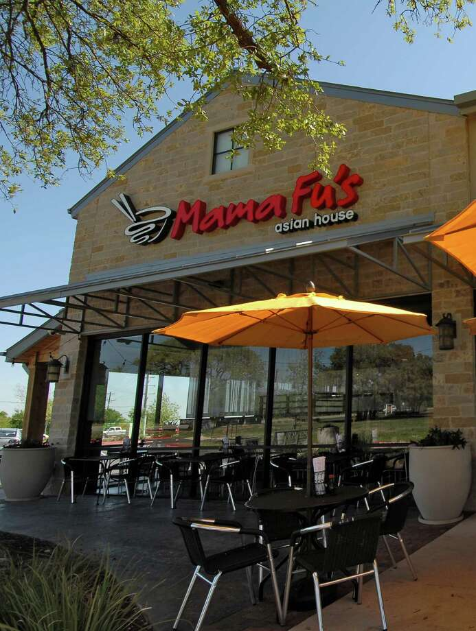 Mama Fu's Asian House, a flex-casual Asian concept, recently signed an 18-unit franchise agreement in Houston veteran franchisee Steve Chappelear. Shown in the photo is a location in Georgetown, Texas. Photo: Company