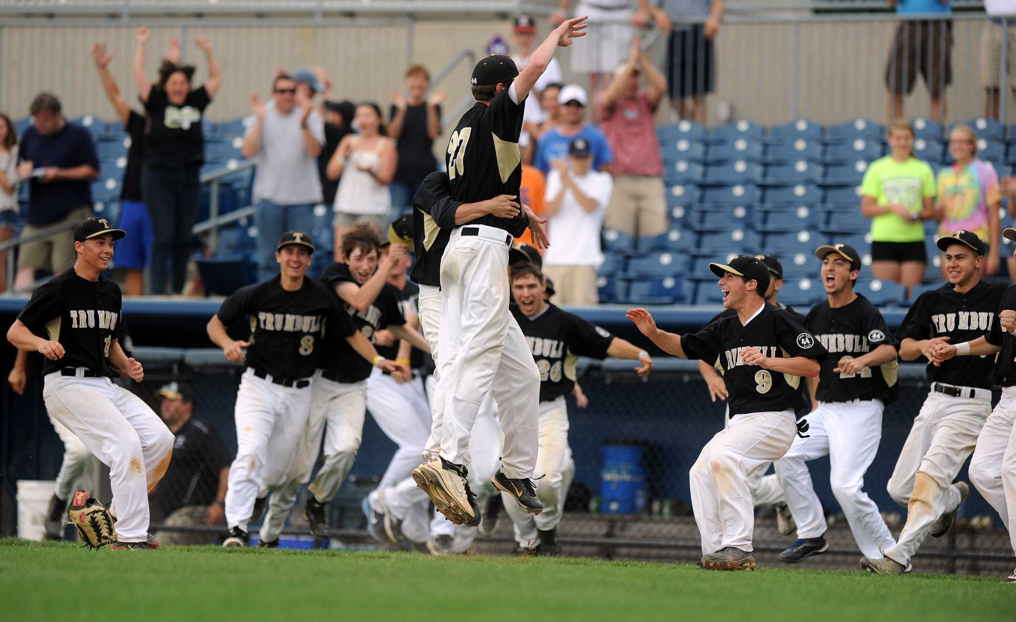 Trumbull shocks undefeated Greenwich to win FCIAC baseball