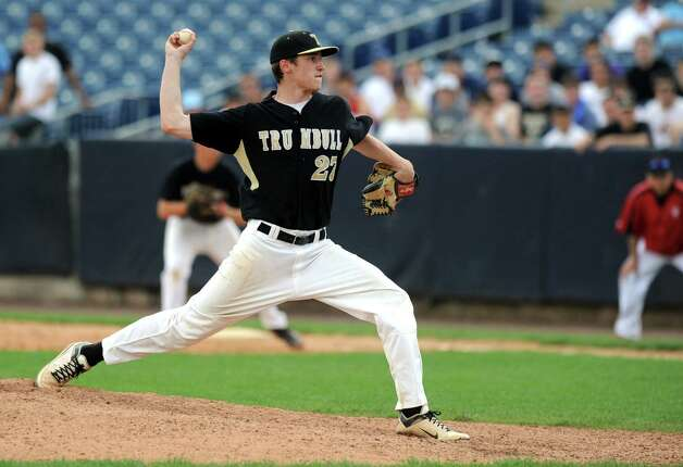 Trumbull's Mike Yerina pitches during Saturday's FCIAC baseball championship game at the Ballpark at Harbor Yard in Bridgeport on May 26, 2012. Photo: Lindsay Niegelberg / Stamford Advocate