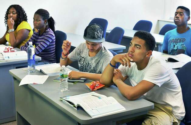 Summer jobs in nyc for high school students.