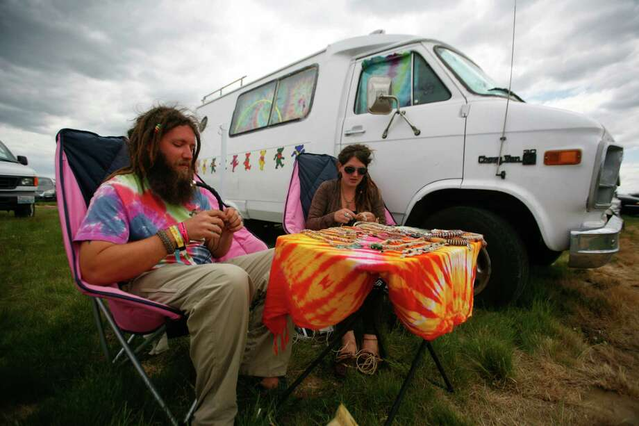 Jon Danner and Shelda Carlock make jewelry. Photo: SOFIA JARAMILLO / SEATTLEPI.COM