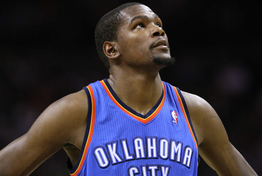 Oklahoma City Thunder's Kevin Durant (35) during the second half of game one of the NBA Western Conference Finals in San Antonio, Texas, Sunday, May 27, 2012. Photo: Edward A. Ornelas, Express-News / © 2012 San Antonio Express-News