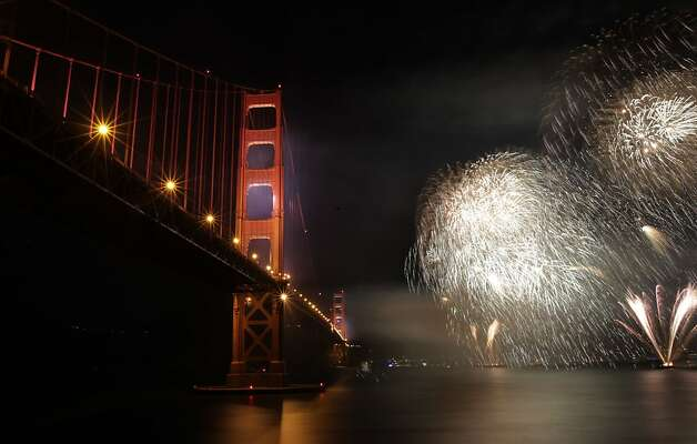 The spectacular fireworks show to celebrate the 75th anniversary of the Golden Gate Bridge, on Sunday May 27, 2012, in San Francisco, Ca. Photo: Michael Macor, The Chronicle