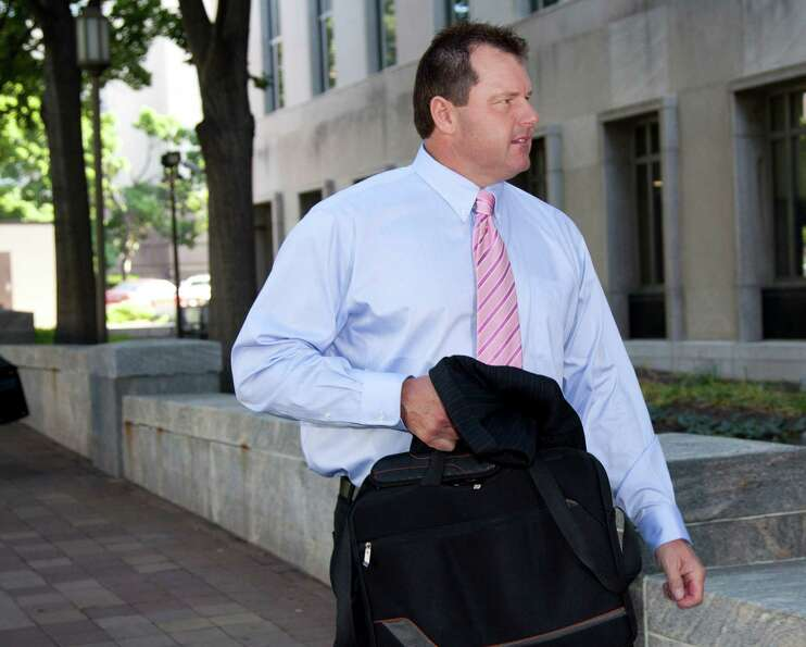 Former Major League Baseball pitcher Roger Clemens arrives at federal court  in Washington, Tuesday,