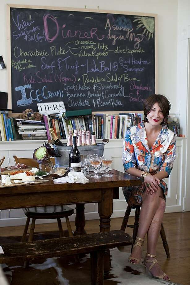 Susan MacTavish Best, above in party mode, has started a website offering tips for casually chic entertaining with recipes and tutorials on everyday elegance. Photo: Stephen Lam, Special To The Chronicle