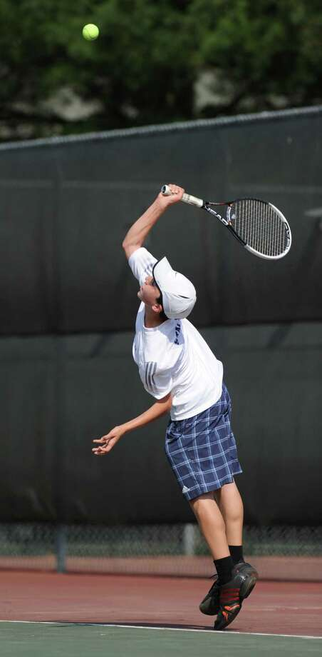 Josh Moskovitz of Staples in his match against Zach Niklaus of Greenwich during the FCIAC boys tennis championship between Staples High School and Greenwich High School at Wilton High School, Tuesday, May 29, 2012. Moskovitz lost to Niklaus and Greenwich defeated Staples 4-0 to win the championship. Photo: Bob Luckey / Greenwich Time