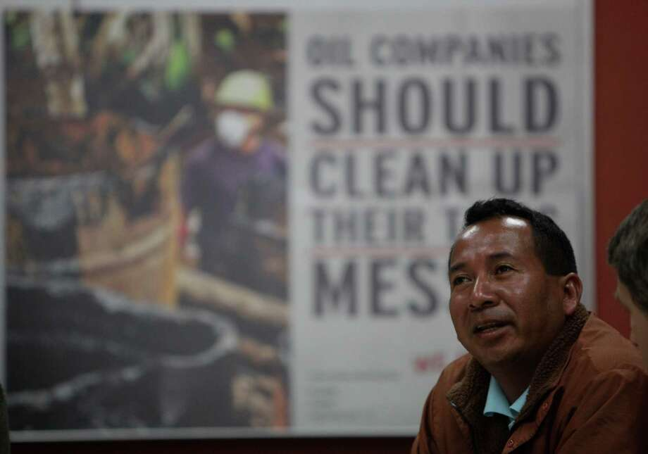 Activist Robinson Yumbo, speaking Tuesday in California, wants Chevron to settle an environmental case in Ecuador. Photo: Lea Suzuki / ONLINE_YES