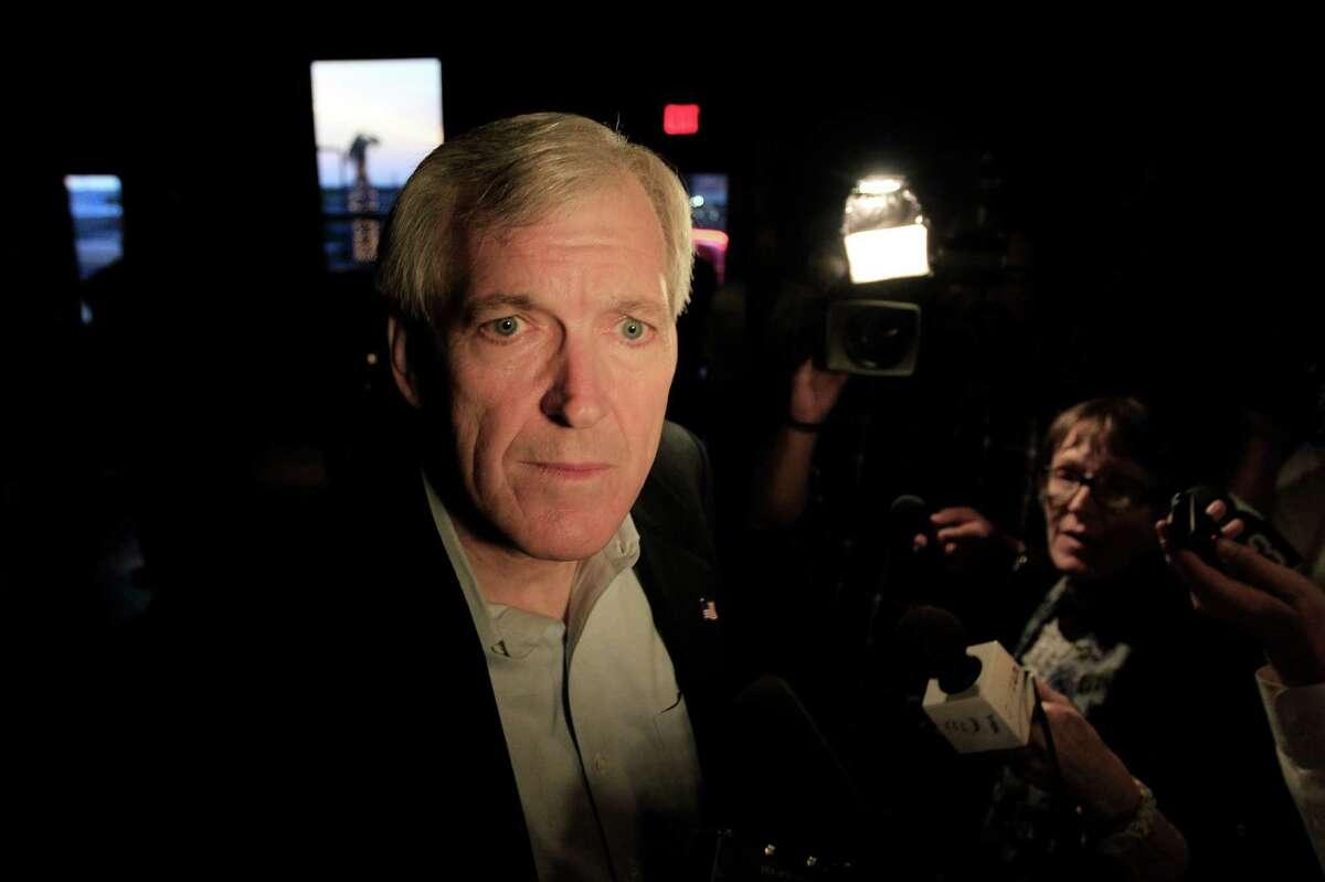 U.S. Senate candidate Tom Leppert, a former Dallas mayor, likely cost David Dewhurst establishment votes.