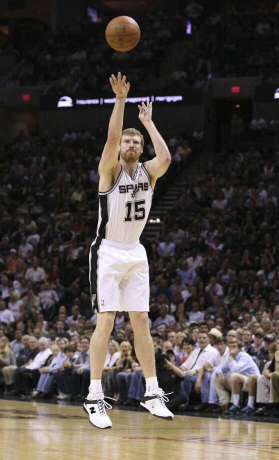 San Antonio Spurs' Matt Bonner (15) shoots a three point basket during the first half of game two of the NBA Western Conference Finals in San Antonio, Texas on Tuesday, May 29, 2012.  Edward A. Ornelas/Express-News (Edward A. Ornelas / San Antonio Express-News)