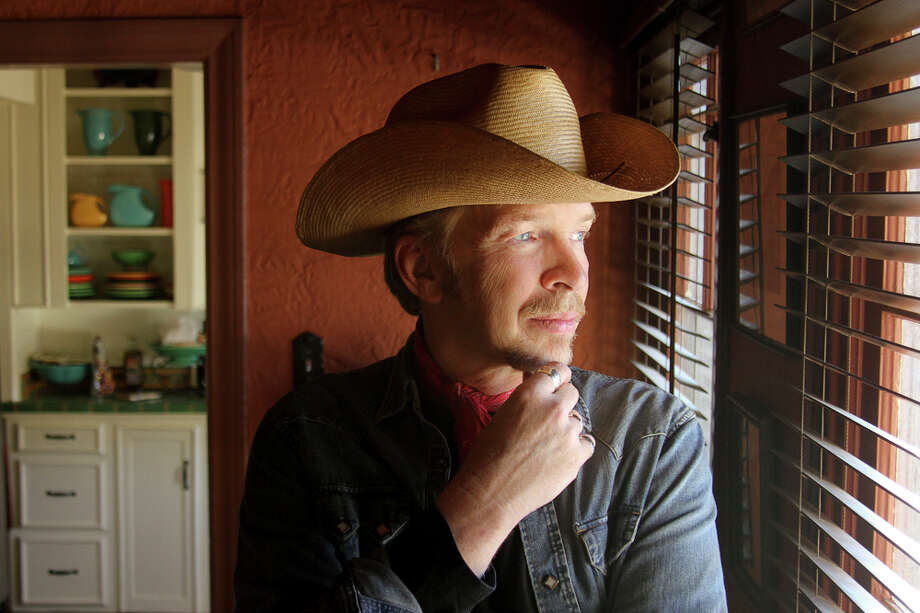 Roots rocker Dave Alvin is joined by Jimmie Dale Gilmore at the Heights Theater on Jan. 6. Photo: Yep Roc