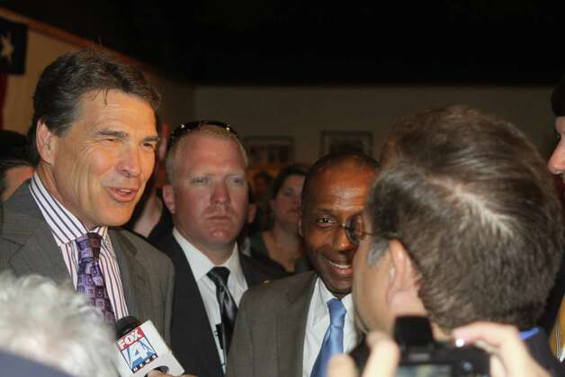 Texas Governor Rick Perry made a stop at Catfish Kitchen in Lumberton on Thursday, May 24 to discuss his Texas Budget Compact and endorse State Representative candidate James White. Photo: David Lisenby, HCN_Perry