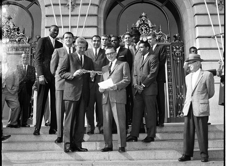 The San Francisco Warriors accept the key to City Hall upon their welcome to the city in 1962. Photo: Chronicle File / The Chronicle / ONLINE_YES
