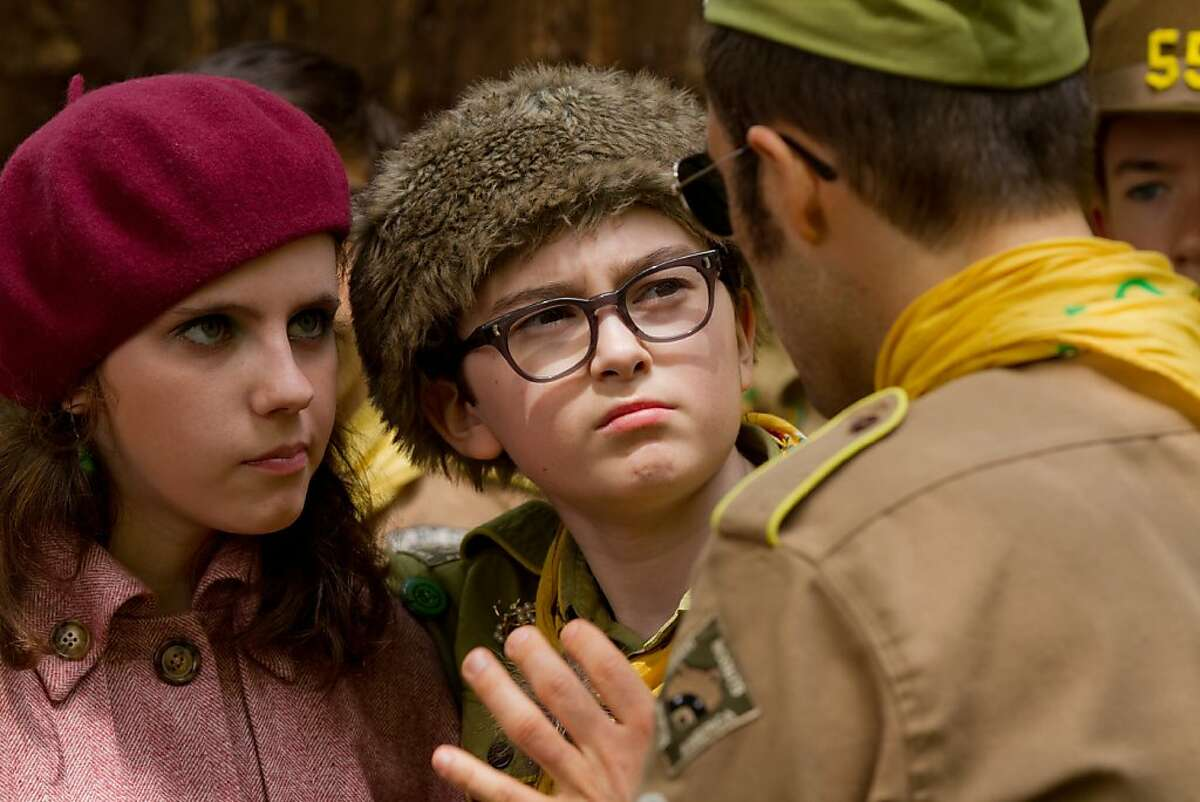 (l to r.) Newcomers Kara Hayward as Suzy and Jared Gilman as Sam in Wes Anderson's MOONRISE KINGDOM, a Focus Features release.