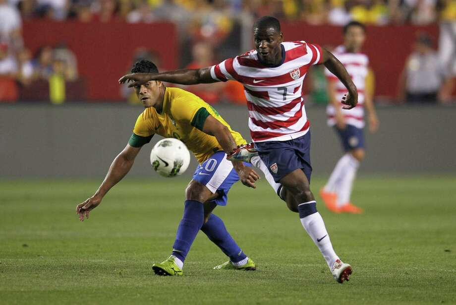 LANDOVER, MD - MAY 30: Hulk #20 of Brazil and Maurice Edu #7 of USA go after the ball during an International friendly game at FedExField on May 30, 2012 in Landover, Maryland. Photo: Rob Carr, Getty Images / 2012 Getty Images