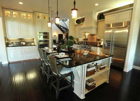Builders Showcase Variety Of Designs San Antonio Express