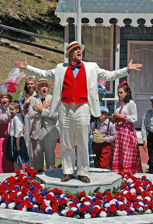 "Harold Hill (Robert Moorhead) sings ""Ya Got Trouble"" in the Mountain Play production of ""The Music Man"" Photo: Robin McNally"