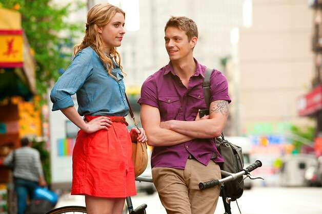 "Greta Gerwig as ""Lola"" and Joel Kinnaman as ""Luke"" on the set of LOLA VERSUS. Photo By Myles Aronowitz LVS_02493.nef Photo: Myles Aronowitz, Fox Searchlight"