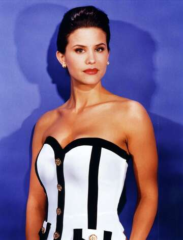In a contemporary evening gown, Lu Parker, Miss USA 1994, represented South Carolina. Photo: J. Katz