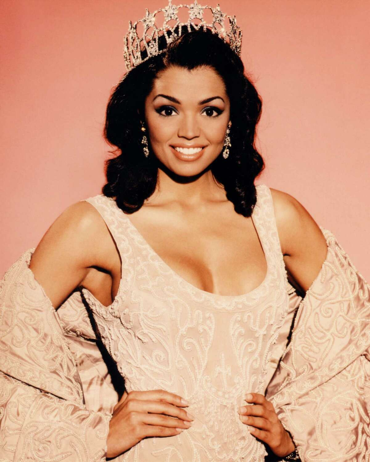 Miss USA 1995 Chelsi Smith Deer Park, TexasWould later win Miss Universe 1995