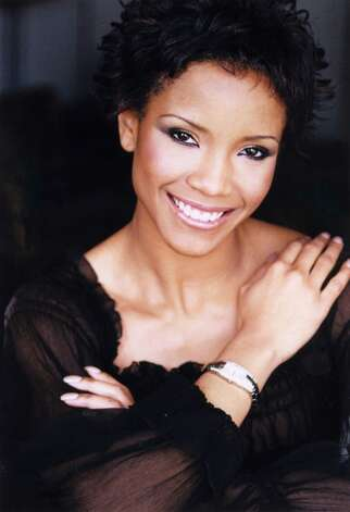 Shauntay Hinton, Miss USA 2002, represented Washington, D.C. Photo: Fadil Berisha, Ho / Miss Universe Organization