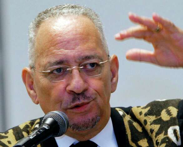 FILE - In this March 25, 2012 file photo, Rev. Jeremiah Wright speaks in Jackson, Miss. A super PAC working to defeat President Barack Obama is preparing an ad campaign highlighting Obama's ties to his  former pastor. (AP Photo/Rogelio V. Solis, File) Photo: Rogelio V. Solis, Associated Press / AP