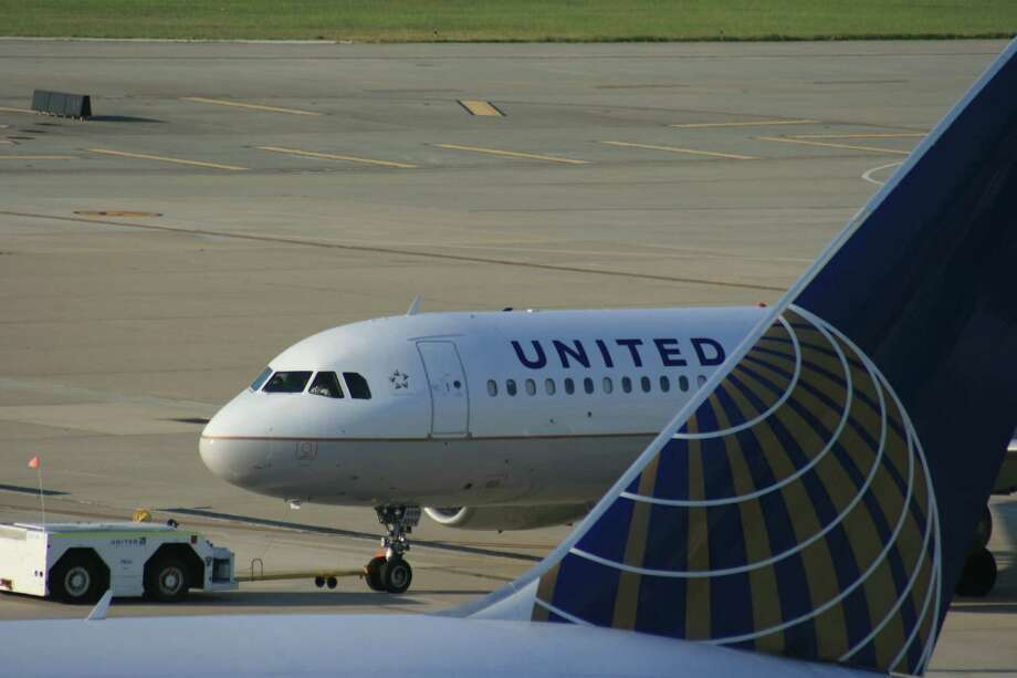 Fortress hubs, like the one United operates at Bush Intercontinental Airport, have become profitable spots for airlines with United's economic model. Photo: Bill Montgomery
