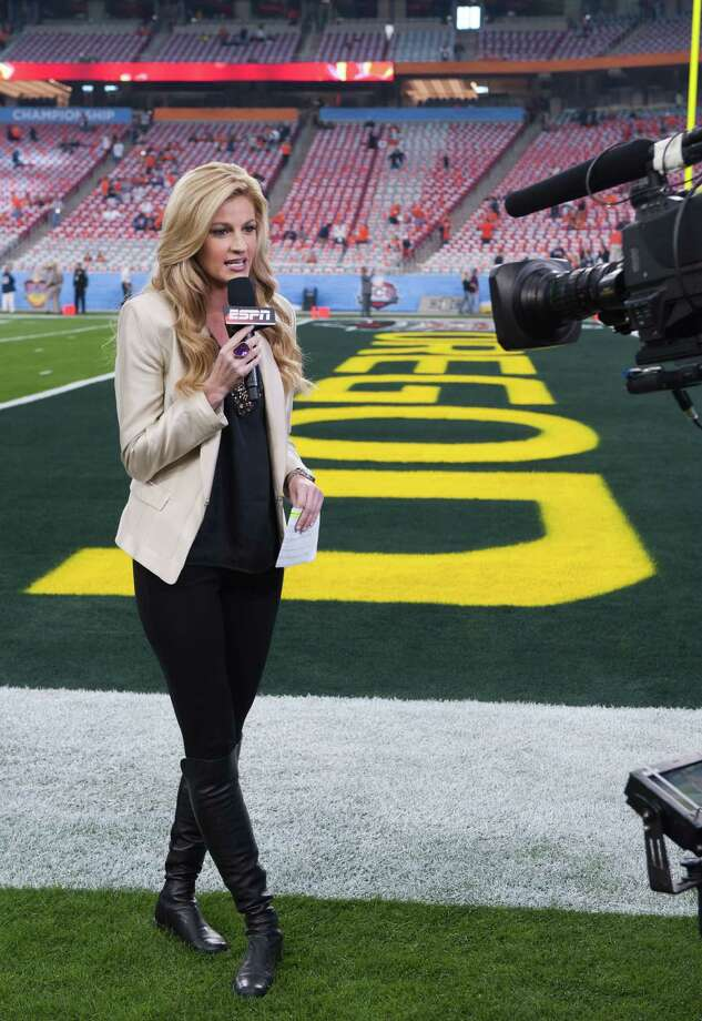 Monday, January 10, 2011 -- Glendale, Ariz. -- University of Phoenix Stadium -- BCS National Championship Game -- No. 1 Auburn vs. No. 2 Oregon -- Reporter Erin Andrews on the sidelines (Courtesy ESPN) Photo: Joe Faraoni / (c) 2011 ESPN, Inc.  All rights reserved.  For editorial purposes only.  NO ARCHIVING, NO RESALE.