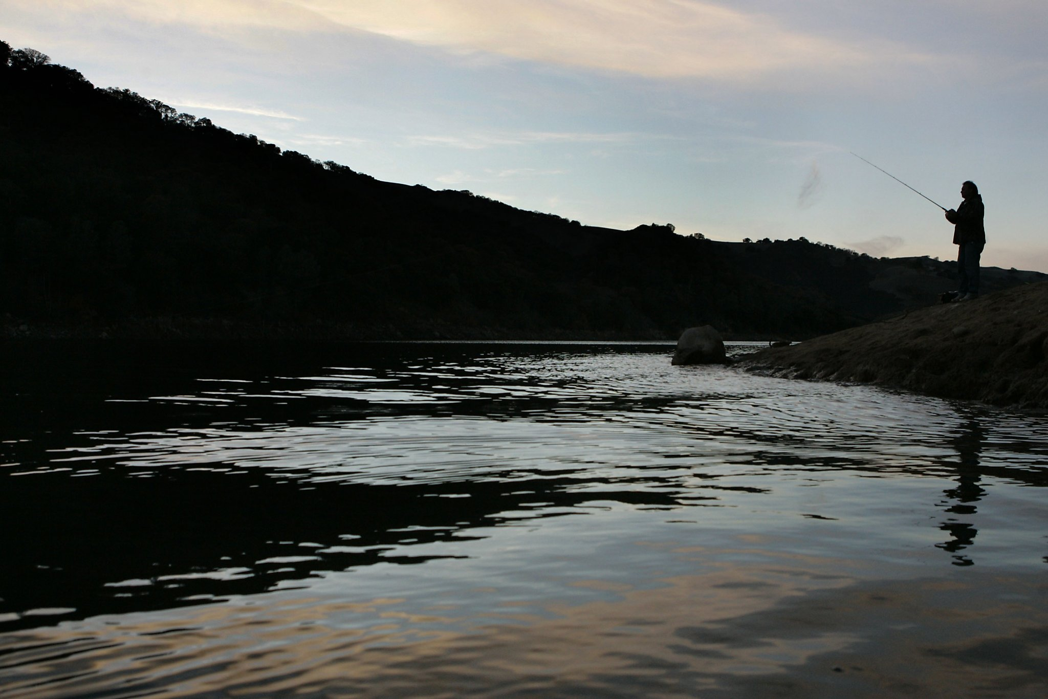Search continues for man missing in lake del valle san for Lake del valle fishing report