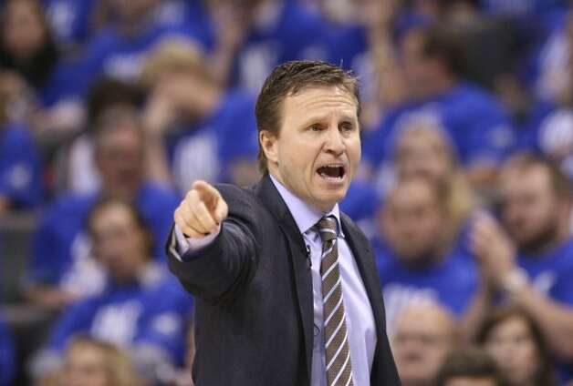 Oklahoma City Thunder coach Scott Brooks points during the second half of game three of the NBA Western Conference Finals in Oklahoma City, Okla. on Thursday, May 31, 2012. (Edward A. Ornelas / Edward A. Ornelas / San Antonio Express-News)