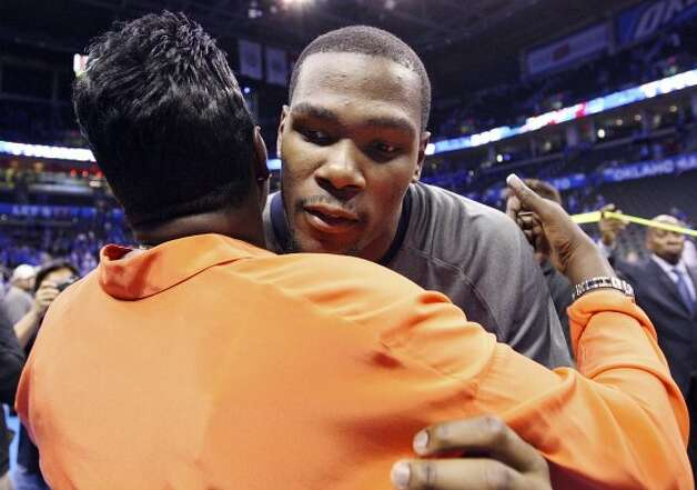 Thunder's Kevin Durant hugs his mother Wanda Pratt after game three of the NBA Western Conference Finals in Oklahoma City, Okla. on Thursday, May 31, 2012.  The Thunder won 102-82. (Edward A. Ornelas / Edward A. Ornelas / San Antonio Express-News)
