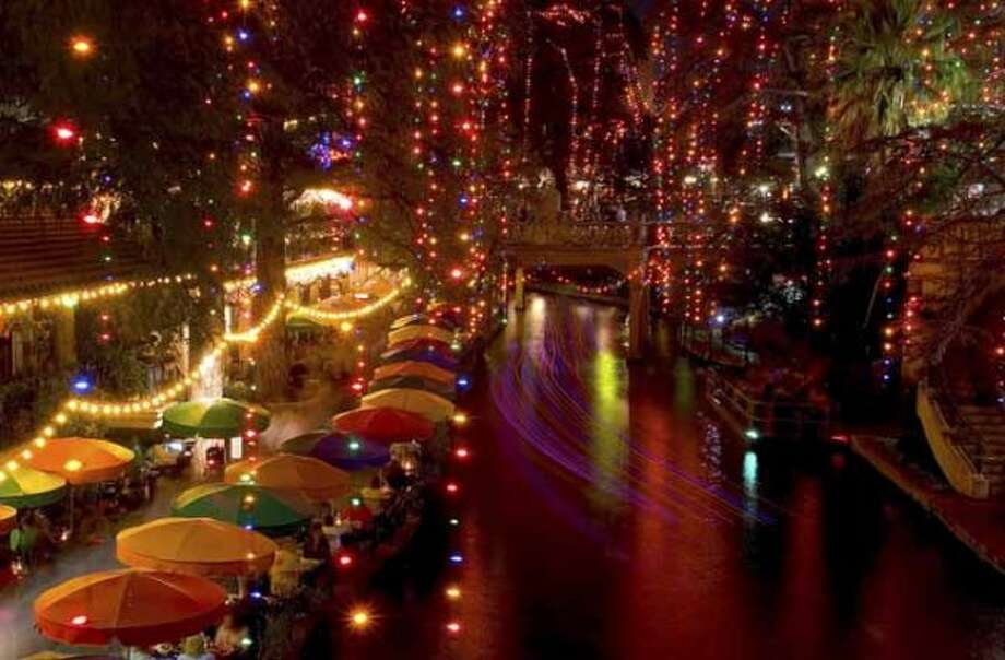 Holiday lights illuminate the River Walk, Nov. 26, 2005. (File photo / San Antonio Express-News)