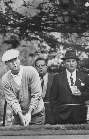 06/16/1966-Ken Venturi chipping onto the fourth green at the Olympic Club in San Francisco, Calif., during the U.S. Open on Thursday, June 16, 1966. Photo: Bob Campbell