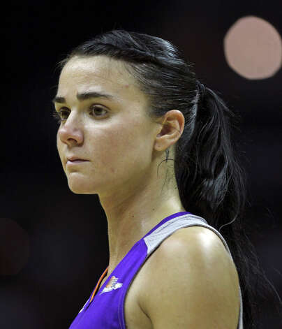Mercury guard Samantha Prahalis shows frustration late in the game as the San antonio Silver Stars play the Phoenix Mercury at the AT&T Center on  June 1, 2012. Photo: Tom Reel, Express-News / ©2012 San Antono Express-News