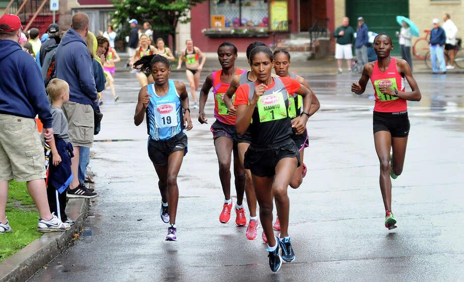 2012 Freihofer's Run for Women - Times Union