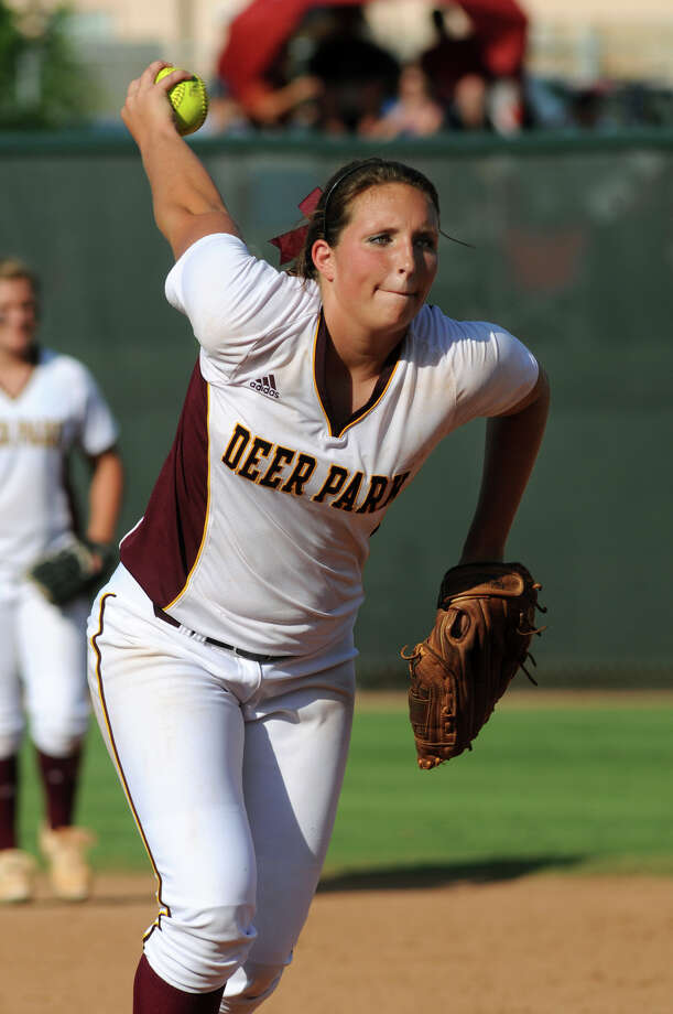 Deer Park senior pitcher Kristen Davenport works in the top of the 7th inning against a Klein Collins hitter during their Class 5A state softball championship final  at Red & Charline McCombs Field in Austin on Saturday. Photo: Jerry Baker, For The Chronicle