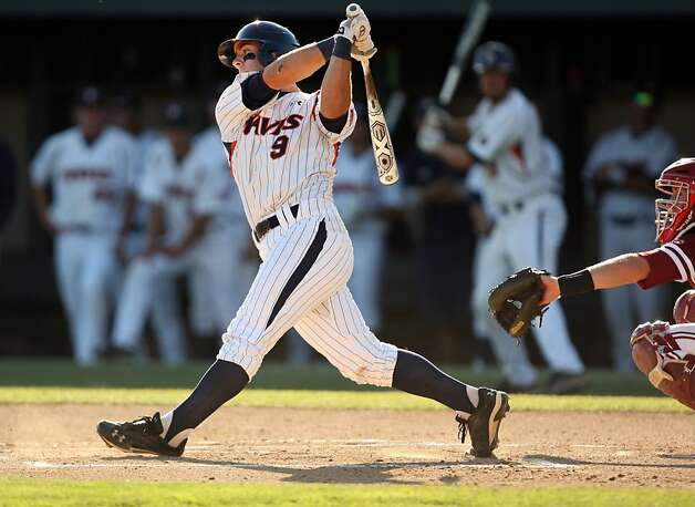 Pepperdine's Joe Sever lunges at the ball on Saturday during the NCAA regional game versus Stanford. Stanford met Pepperdine at Sunken Diamond on Saturday for the 2nd NCAA Regional game. Photo: Kevin Johnson, The Chronicle