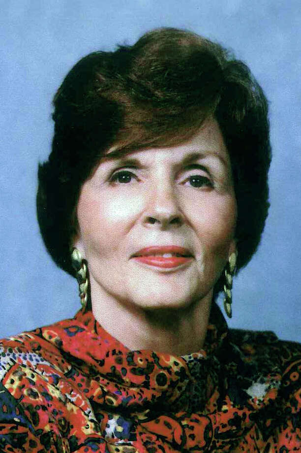 Martha Jo Kelley Manuppelli, age 84, passed away on Wednesday, May 23, 2012, surrounded by her family.