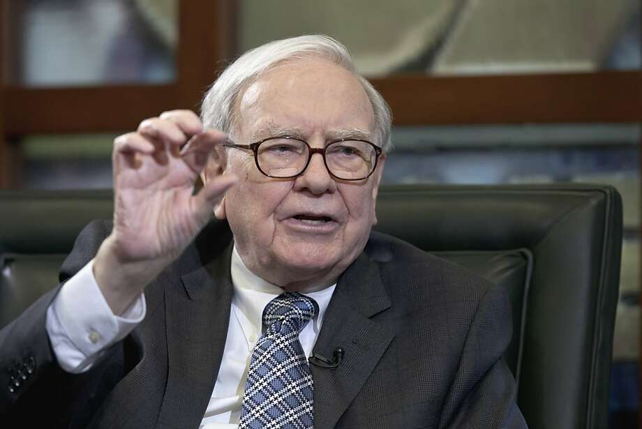 Billionaire Warren Buffett's lunch auction to aid S.F.'s Glide Foundation ends Friday on eBay. Photo: Nati Harnik, Associated Press