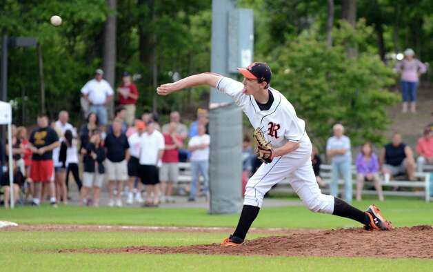 Ridgefield's Bradley Rosenfield (7) pitches during the Class LL baseball quarterfinals against Shelton at Shelton High School on Sunday, June 3, 2012. Photo: Amy Mortensen / Connecticut Post Freelance