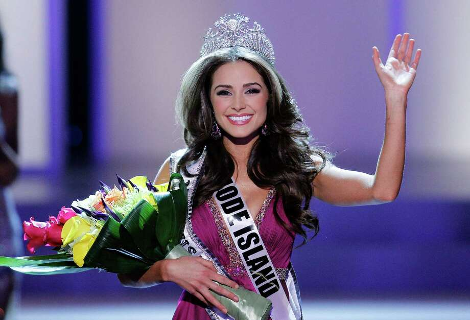 LAS VEGAS, NV - JUNE 3:   Miss Rhode Island USA Olivia Culpo waves to the crowd after winning the 2012 Miss USA pageant at the Planet Hollywood Resort & Casino on June 3, 2012 in Las Vegas, Nevada.  (Photo by Isaac Brekken/Getty Images) Photo: Isaac Brekken / 2012 Getty Images