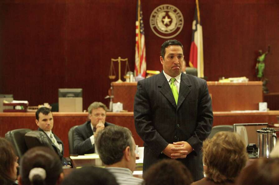 Attorney Rick Detoto addresses potential jurors for the Johoan Rodriguez trial this week in the 183r