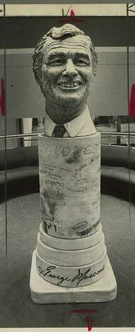 Robert Arneson's bust of slain Mayor George Moscone incited controversy in 1981. Photo: Michael Maloney, The Chronicle 1981